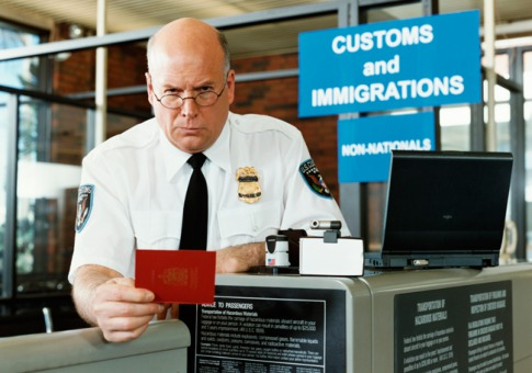 [Image: immigration-officer.jpg]